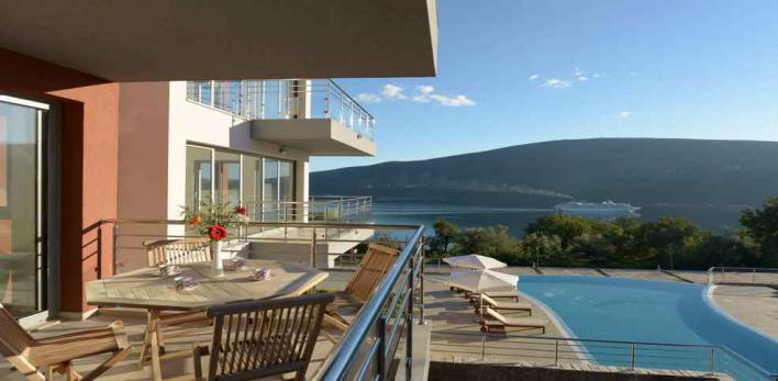 Апартаменты в Черногории с потрясающим видом на море!