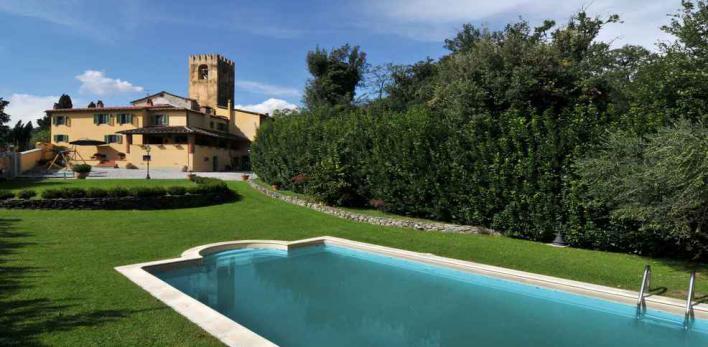 Тоскана. Вилла в классическом итальянском стиле с бассейном и садом